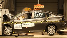 NCAP 2016 Nissan Sentra front crash test photo