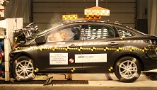 NCAP 2016 Ford Focus front crash test photo