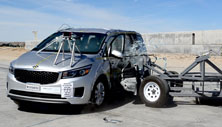 NCAP 2016 Kia Sedona side crash test photo