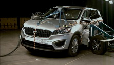 NCAP 2016 Kia Sorento side crash test photo