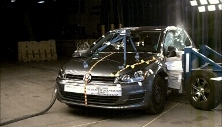NCAP 2016 Volkswagen Golf side crash test photo