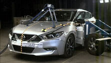 NCAP 2016 Nissan Maxima side crash test photo