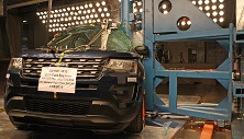 NCAP 2016 Ford Explorer side pole crash test photo