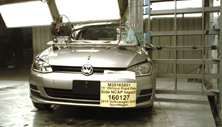 NCAP 2016 Volkswagen Golf side pole crash test photo