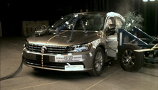 NCAP 2016 Volkswagen Passat side crash test photo