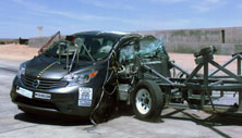 NCAP 2016 Nissan Versa side crash test photo