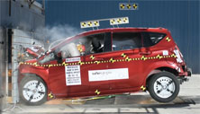 NCAP 2016 Nissan Versa front crash test photo