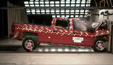 NCAP 2017 Chevrolet Silverado 1500 front crash test photo