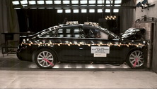 NCAP 2017 Audi A6 front crash test photo