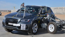NCAP 2017 Audi Q5 side crash test photo