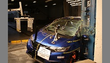 NCAP 2017 Honda Fit side pole crash test photo