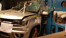NCAP 2017 Chevrolet Colorado side pole crash test photo