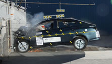 NCAP 2017 Nissan Versa front crash test photo