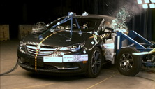 NCAP 2017 Buick Cascada side crash test photo