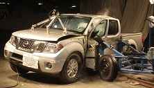 NCAP 2017 Nissan Frontier side crash test photo