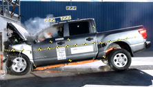NCAP 2017 Nissan Titan front crash test photo