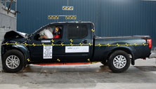 NCAP 2017 Nissan Frontier front crash test photo