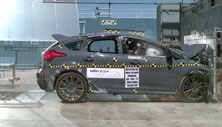 NCAP 2017 Ford Focus front crash test photo