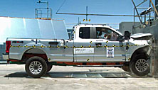 NCAP 2017 Ford F-250 front crash test photo