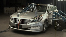 NCAP 2018 Hyundai Sonata side crash test photo