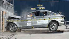 2018 Mercedes-Benz C-Class Sedan Front Crash Test