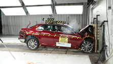 NCAP 2018 Chrysler 300 front crash test photo