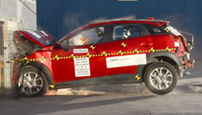 NCAP 2018 Mazda CX-3 front crash test photo