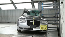 NCAP 2018 Chrysler 300 side pole crash test photo