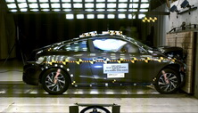NCAP 2018 Honda Civic front crash test photo