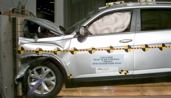 NCAP 2018 Volkswagen Atlas front crash test photo