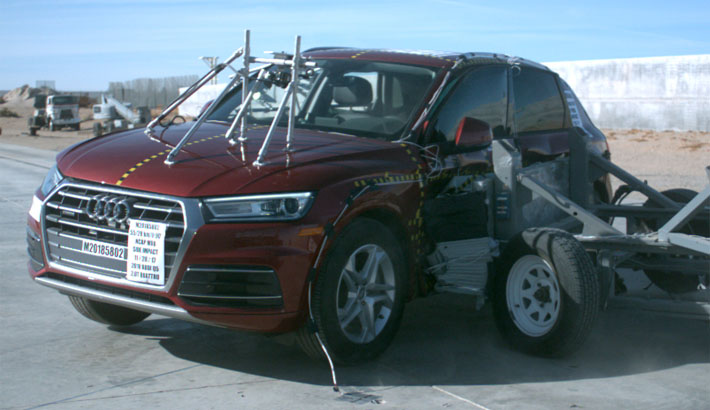 NCAP 2018 Audi Q5 side crash test photo