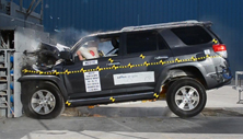 NCAP 2019 Toyota 4Runner front crash test photo