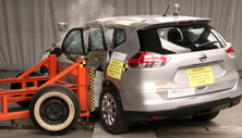 NCAP 2019 Nissan Rogue side crash test photo