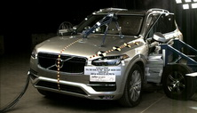 NCAP 2019 Volvo XC90 side crash test photo