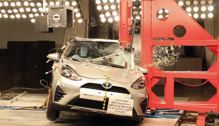 NCAP 2019 Toyota Prius side pole crash test photo