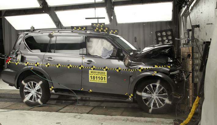 NCAP 2019 Nissan Armada front crash test photo