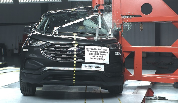 2019 Ford Edge Side Pole Crash Test