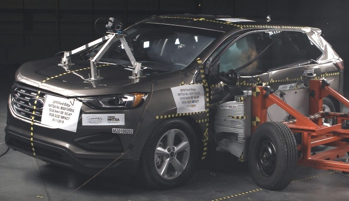 2019 Ford Edge Side Crash Test