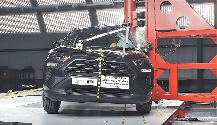 2020 Toyota RAV4 Side Pole Crash Test