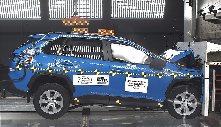 2020 Toyota RAV4 Front Crash Test